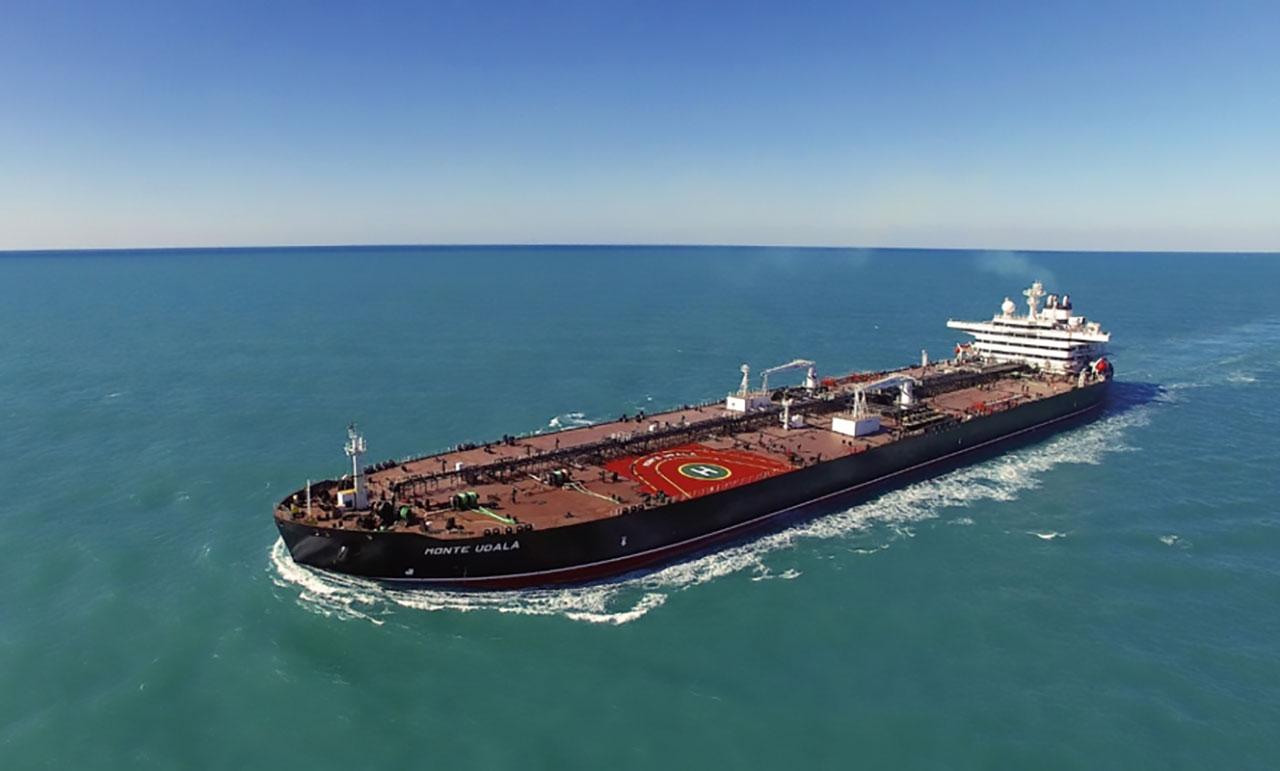 Petrolero-Suezmax-3